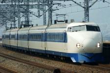 800px-Shinkansen_0-series